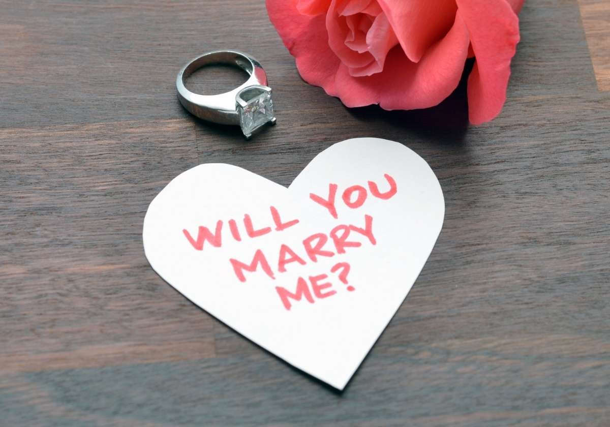 How a Good Man Proposes… Get Your Tissues Out!